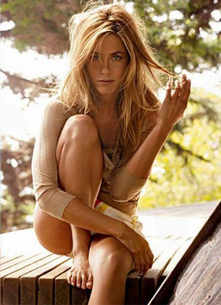 AFTERNOON DELIGHT WITH JENNIFER ANISTON(2pics)  #celebrities:celebrities,big girl,Japanese girl