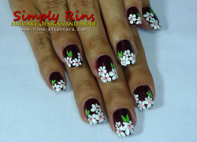 white flowers nail art