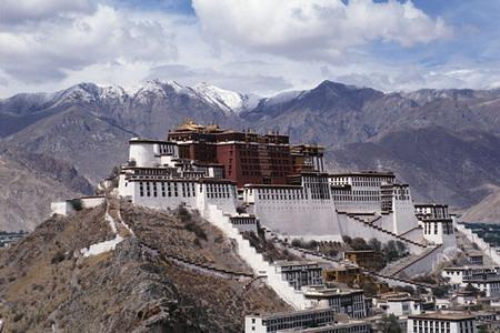 Китай, древний  монастырь