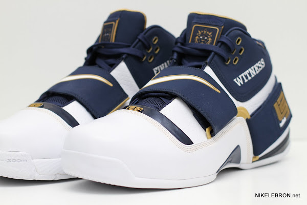 PE Spotlight Nike Zoom Soldier Navy amp Gold 2007 NBA Finals PE