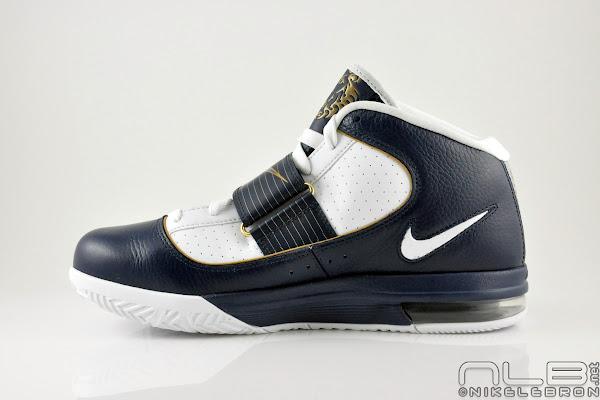 The Showcase Nike Zoom Soldier IV WhiteNavyGold  8220Akron8221