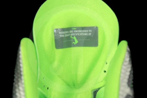 Detailed Look at Nike LeBron 8 PS Mean GreenSilver Dunkman