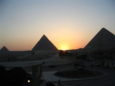 Pirámides de Keops, Kefrén y Micerinos