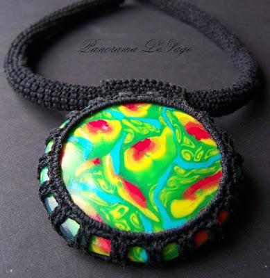 wisior z masy polimerowej fimo naszyjnik biżuteria kwiatowy polymer clay Panorama LeSage