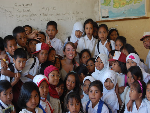 volunteering on lombok