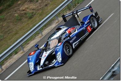 2010_Le_Mans_Presentation_90X[4]