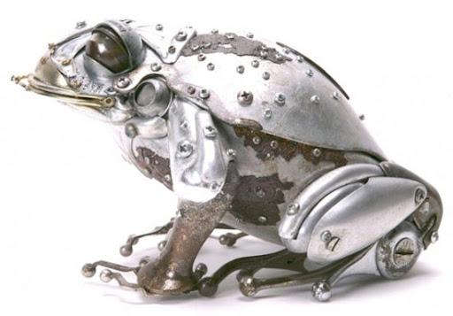 https://lh5.googleusercontent.com/_bKN77pn74dA/TW264aR2CyI/AAAAAAAAE58/x0XSOI01DuI/frog-sculptures.jpg
