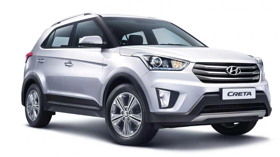 Hyundai Creta prata visto desde a dianteira