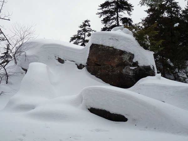 stone valley - a rock island in winter
