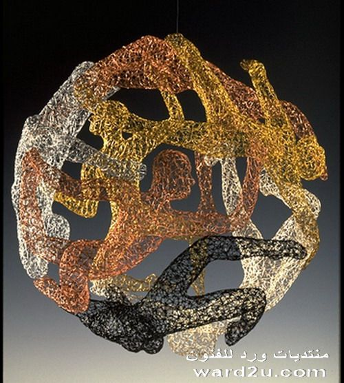 تماثيل سلك راقصة للنحات Michael Gard