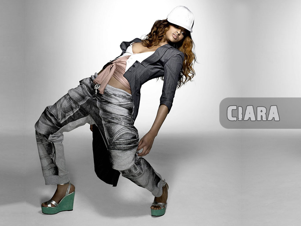 2 wallpapers for desktop with ciara big pictures with