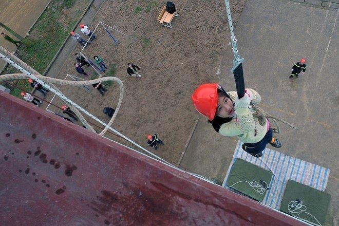 Dây thoát hiểm DOOSUNG - thiết bị thoát hiểm cho nhà cao tầng