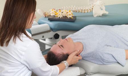 chiropractic-neck-treatment.jpg