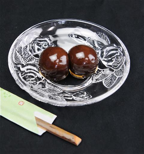 御菓子司安塚の特製あんこ玉