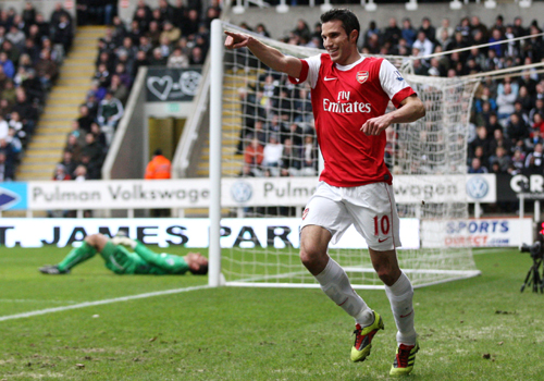 Robin Van Persie celebrates, Newcastle - Arsenal