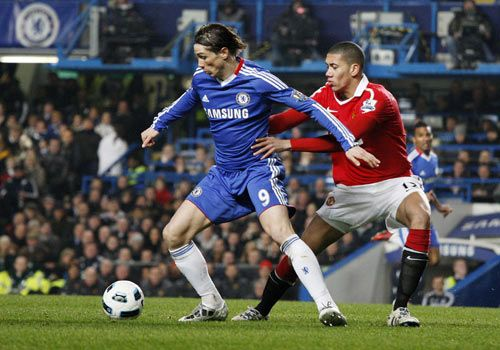 Fernando Torres with Chris Smalling, Chelsea - Manchester United