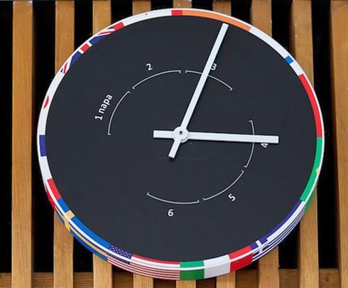 Часы для студентов