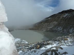 Lac au pied du glacier