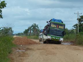 Un bus classique sur une route plutôt bonne