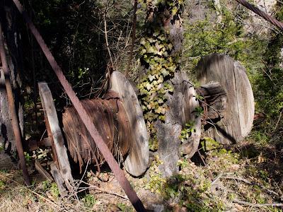 Antic descarregador de fusta