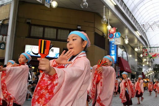 本祭2日目 帯屋町筋演舞場  111     D-16114