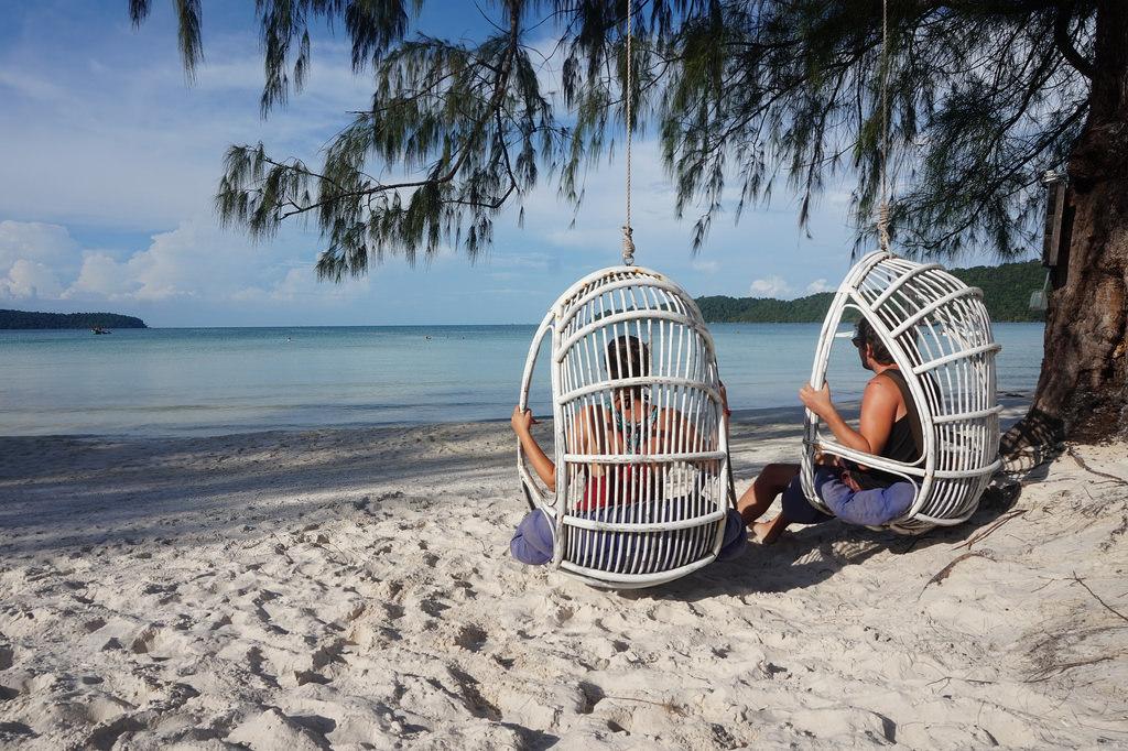 Bạn có biết Koh Rong Samloem - Thiên đường biển đẹp xinh của Campuchia? - ảnh 6