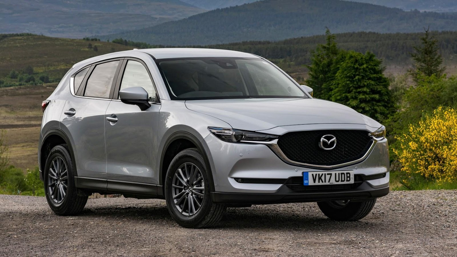 http://images.car.bauercdn.com/pagefiles/73626/mazda-cx5-02.jpg