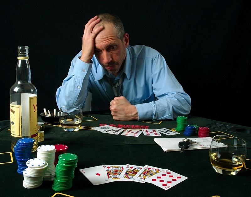 4 thao tác chơi bài online dễ thắng