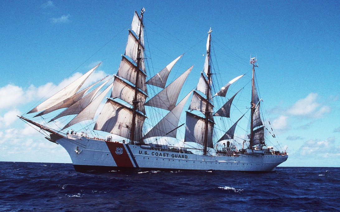 USCGC Eagle-WIX-327 (File Foto 3)