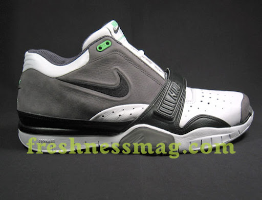 uk availability 7d11f 37e26 2004 Air Zoom Trainer 1 Mid    IMG  - With Nike s ...