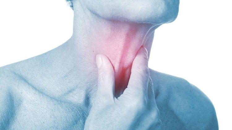 Đau họng: dấu hiệu cảnh báo ung thư vòm họng