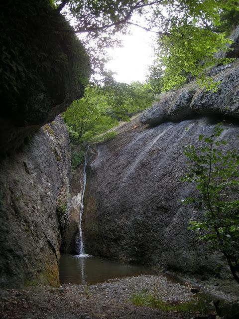 Знову водоспад