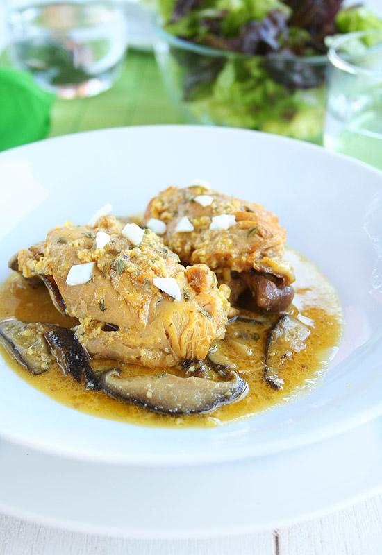 Pollo en pepitoria con shiitake