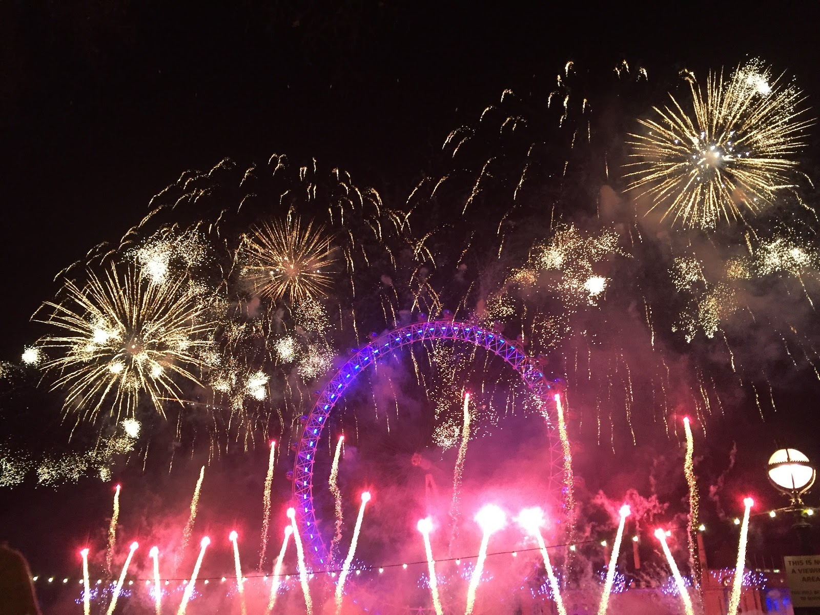London Fireworks 2016 - New