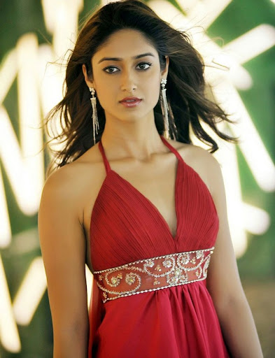 Ileana,Rana lip kiss in Nenu Naa Rakshasi Movie Stills
