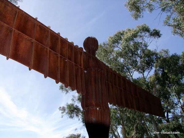 the angel of the north in canberra