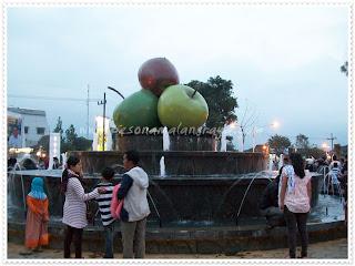 kota batu square