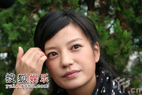 22.10.2008: Triệu Vy: Thầy Tạ Tấn sẽ không ra đi. | 赵薇谈谢晋逝世 总觉得他不会离开