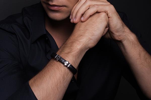 Какие браслеты носят с часами