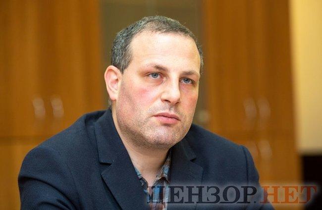 Начальник Департаменту у справах Майдану Офісу Генпрокурора Олексій Донський: Справа, яка може пояснити, кому потрібні були масові вбивства 20 лютого, гальмується в суді 01