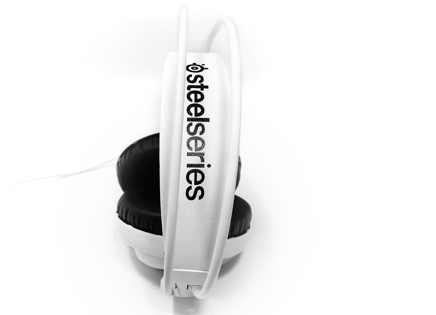 steelseries-siberia-200-top.jpg