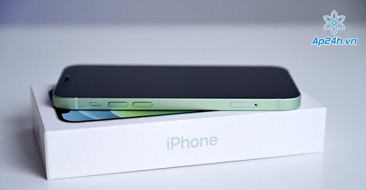 Apple ngừng tặng kèm củ sạc iPhone vì lý do môi trường