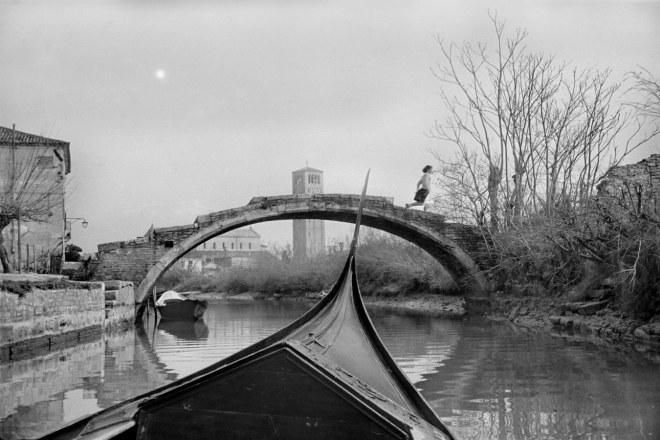 HenriCartierBresson-boat.jpg