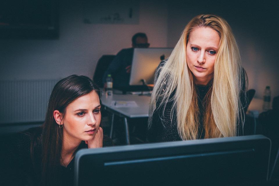 employee retention methods