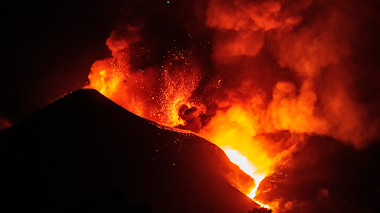 Rogativas para detener el volcán de La Palma