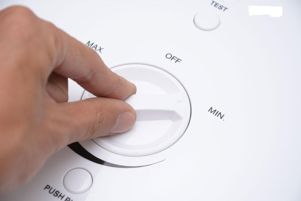 Bình nóng lạnh cần thiết kế đơn giản và dễ dàng sử dụng