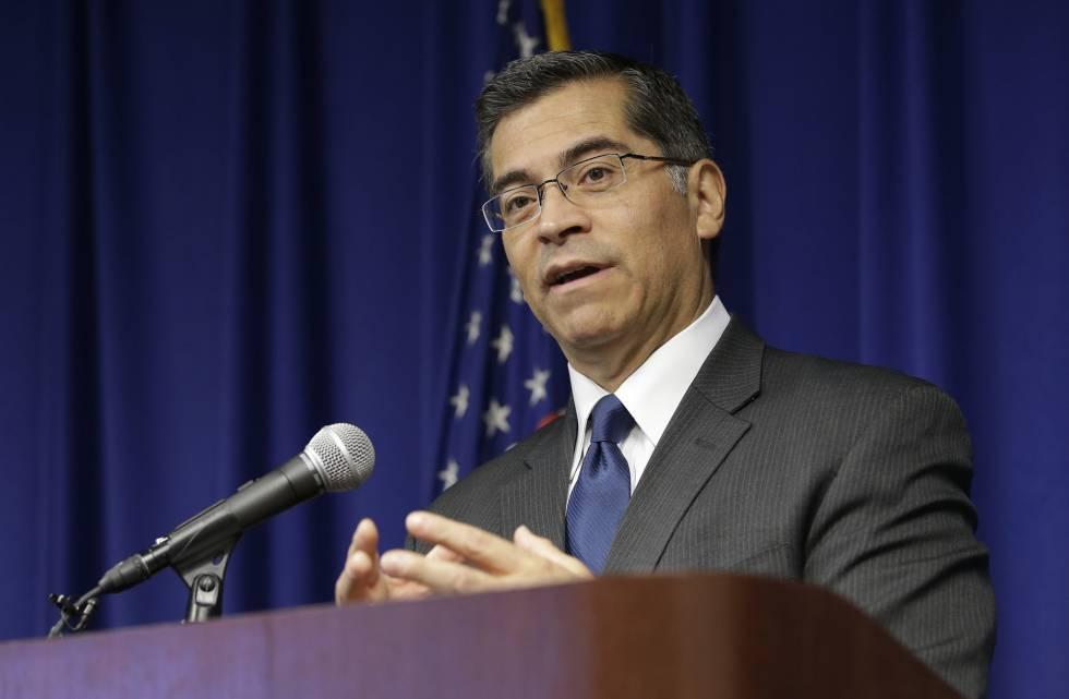 El fiscal general de California, Xavier Becerra.