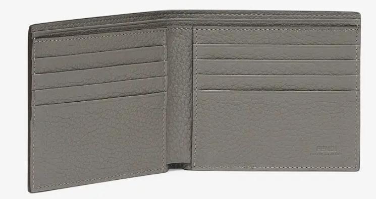 7. กระเป๋าสตางค์แบรนด์ FENDI 02