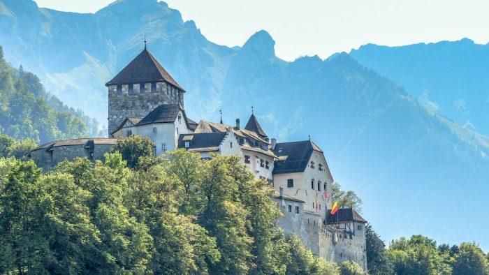 Thân vương quốc Liechtenstein- Quốc gia nhỏ nhất nói tiếng Đức
