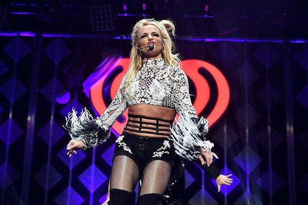 Britney Spears Confirms End of Las Vegas Show | Celebuzz